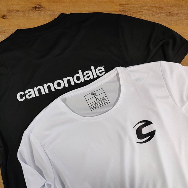 Front and back printed white/black performance tees 👌 Crrrrissp 🧐👀 . . . Get in touch for a quote today: 📞01730 268 884 📩info@tecpromotions.co.uk 🖥tecpromotions.co.uk  ____  #TECpromotions #customembroidery #embroideredclothing #embroidery #embroideredshirt #embroideredtshirt #embroiderywork #printing #clothing #embroideredshirts #embroideryshop #embroiderycompany  #corporateclothing #workwear #brand #brandedclothing #printshop #customprinting #screenprinting #screenprint #screenprinted #screenprintinguk #screenprintshop #screenprintingservice #custommerch #custommerchandise #customapparel #tshirtprinting #uktshirtprinting #printedclothing