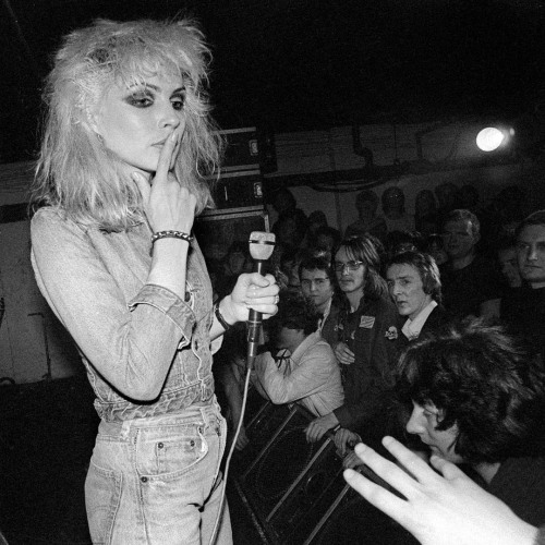 Blondie-Dingwalls.jpg