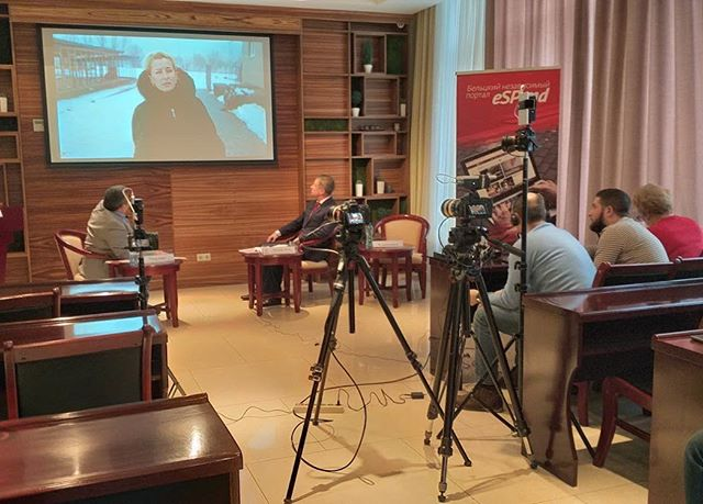 IRI LTO's observed a live debate between candidates from Shor and the Socialist Party of Moldova (PSRM) at a local news station.