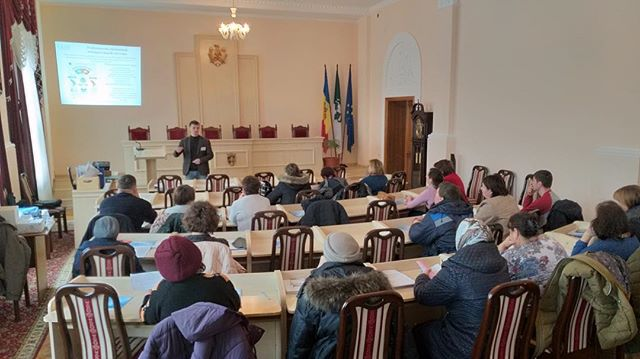 Members of Precinct Electoral Commissions are responsible for running polling stations on Election Day. Here, members of seven PECs in northwest Moldova receive training on Election Day procedures, including how to administer the two referenda announced in November.