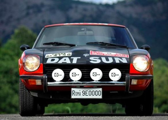 1971-Datsun-240Z-Front.jpg