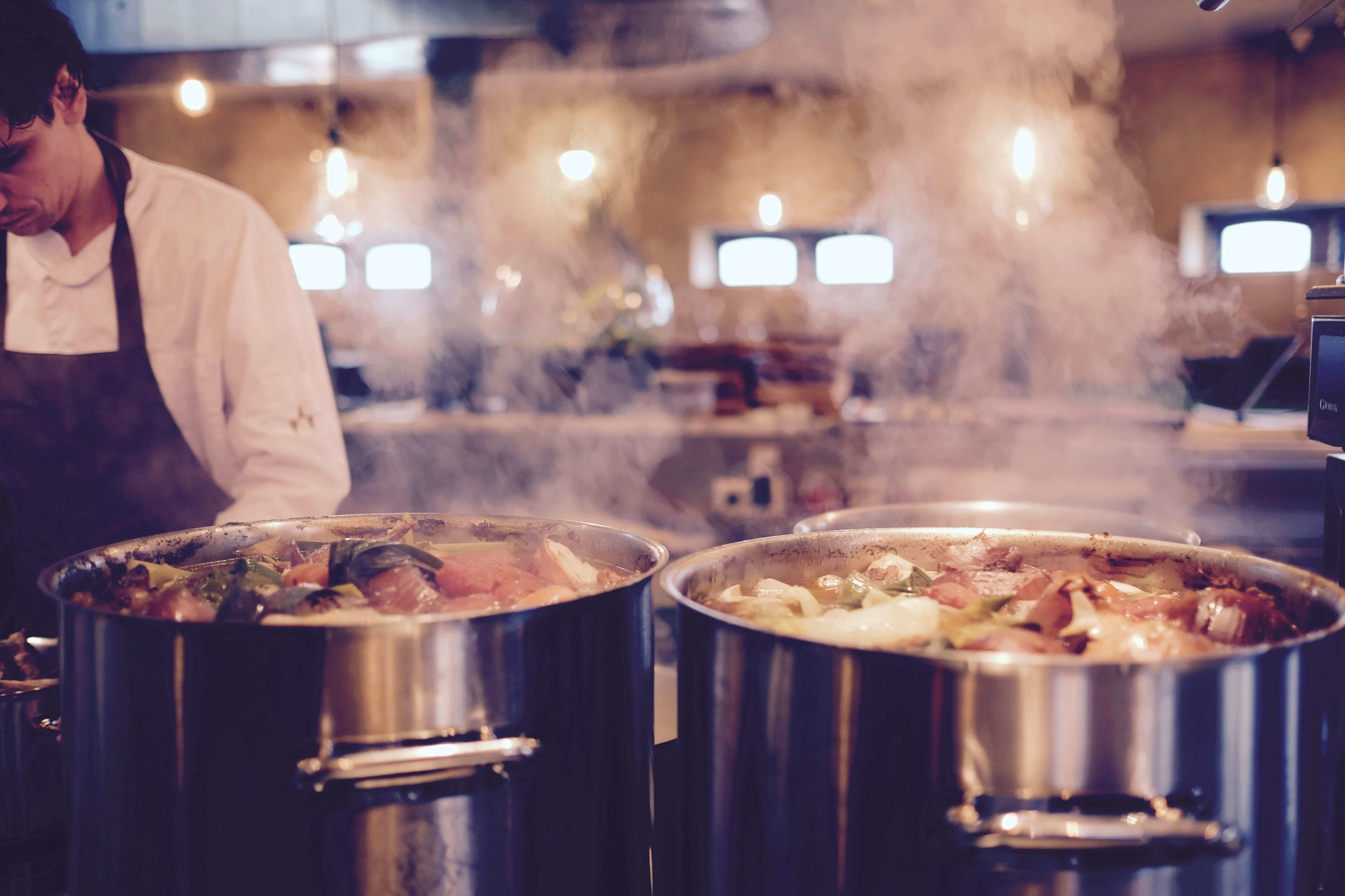 chef-cooking-dinner-66639.jpg