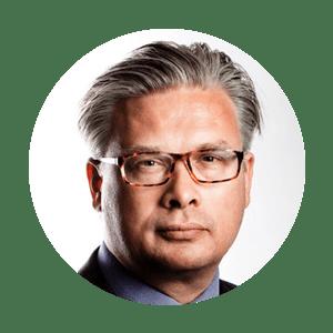 MODERATOR: THOMAS BERNT HENRIKSEN   Economics editor at Børsen