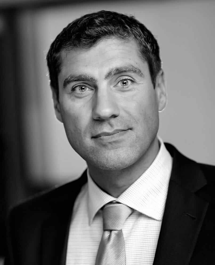 PHILIP SCHRÖDER   Member of the Danish Government's Disruption Council & Professor at Aarhus University