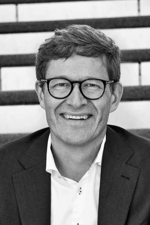 NIELS B. CHRISTIANSEN   CEO, LEGO Group