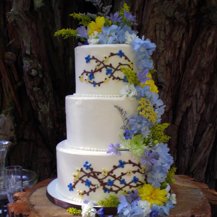 ingrid-fraser-cake-round-flower.jpg