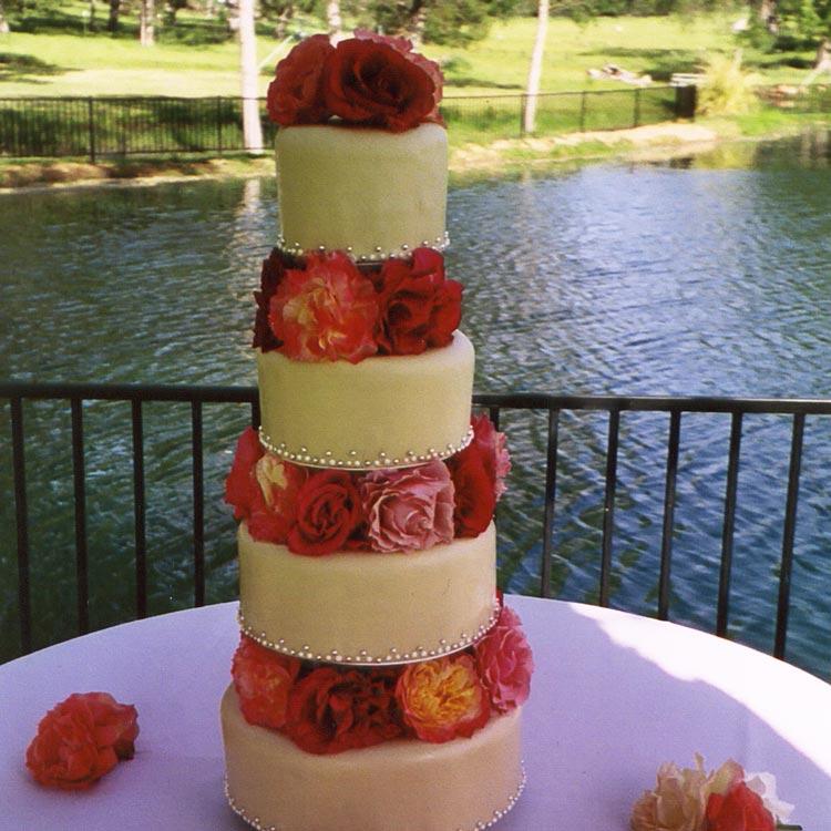 ingrid-fraser-cake-Orange-roses.jpg