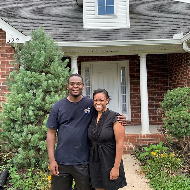 Another move down. Congrats on your new home Curtis & Ashley. - Best Buds  #nashville #smallbusiness #movingcompany