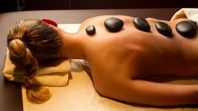 hot-stone-massage-5.jpg