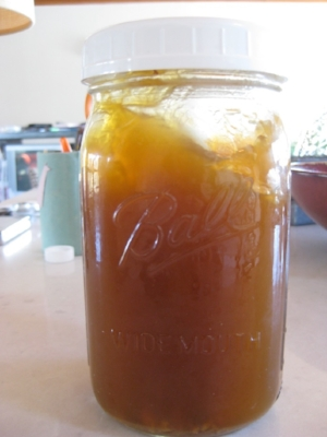 Pigs feet broth: gelatinous gold!
