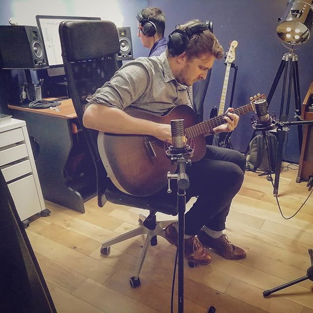 What I was using (yesterday) no. 34 *** Me trying to not be intimidated by all the fancy stuff that @wmpstudios has.  Photo taken by the saucy @catchk  #impostersyndrome #somedayiwillbefoundoutandpeoplewillstopgivingmework #musicforadvertising #tryingtocoordinatemyshoeswiththeguitar #fashion