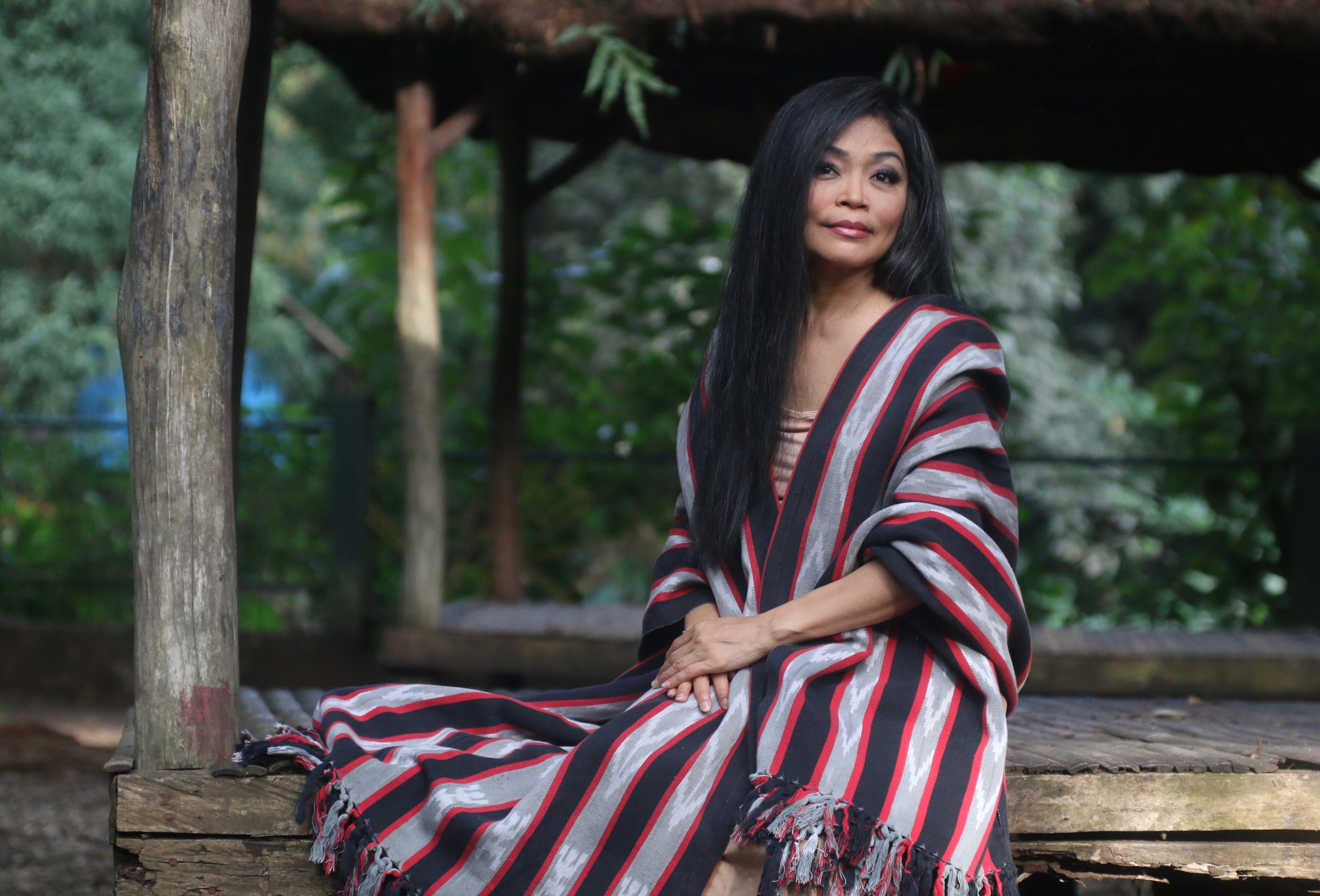 Grace Nono - From Agusan, Northeastern Mindanao, Grace Nono is a singer and scholar specializing in the performance of Philippine oral chants with sacred themes. Grace Nono will be joined by guest artists including Charles Wandag from the Cordillera region who will perform Kalinga chants, tongatong (stamping tubes), and gangsa (gongs).