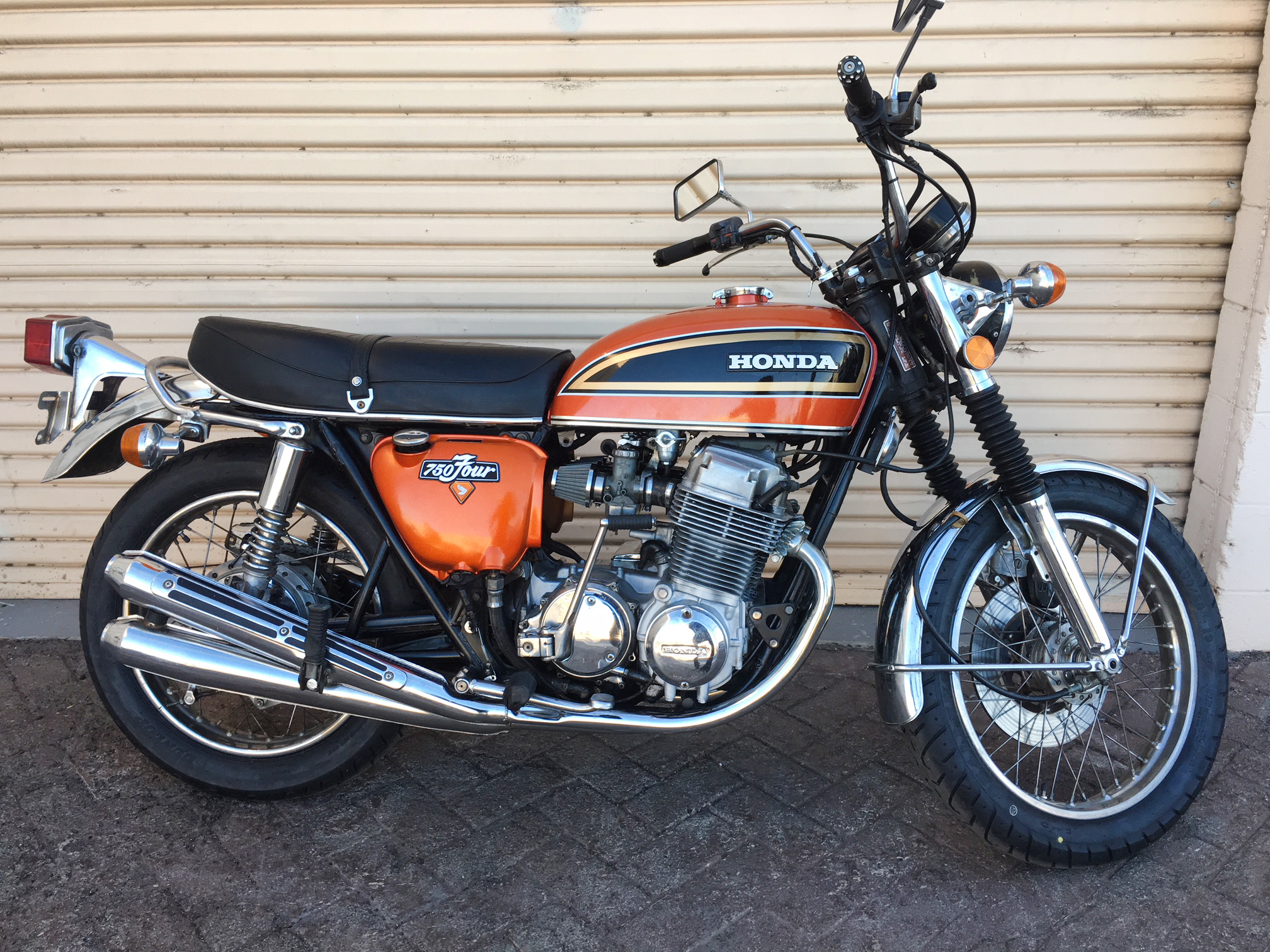 (Right) 1972 (Orange) Honda CB750.JPG