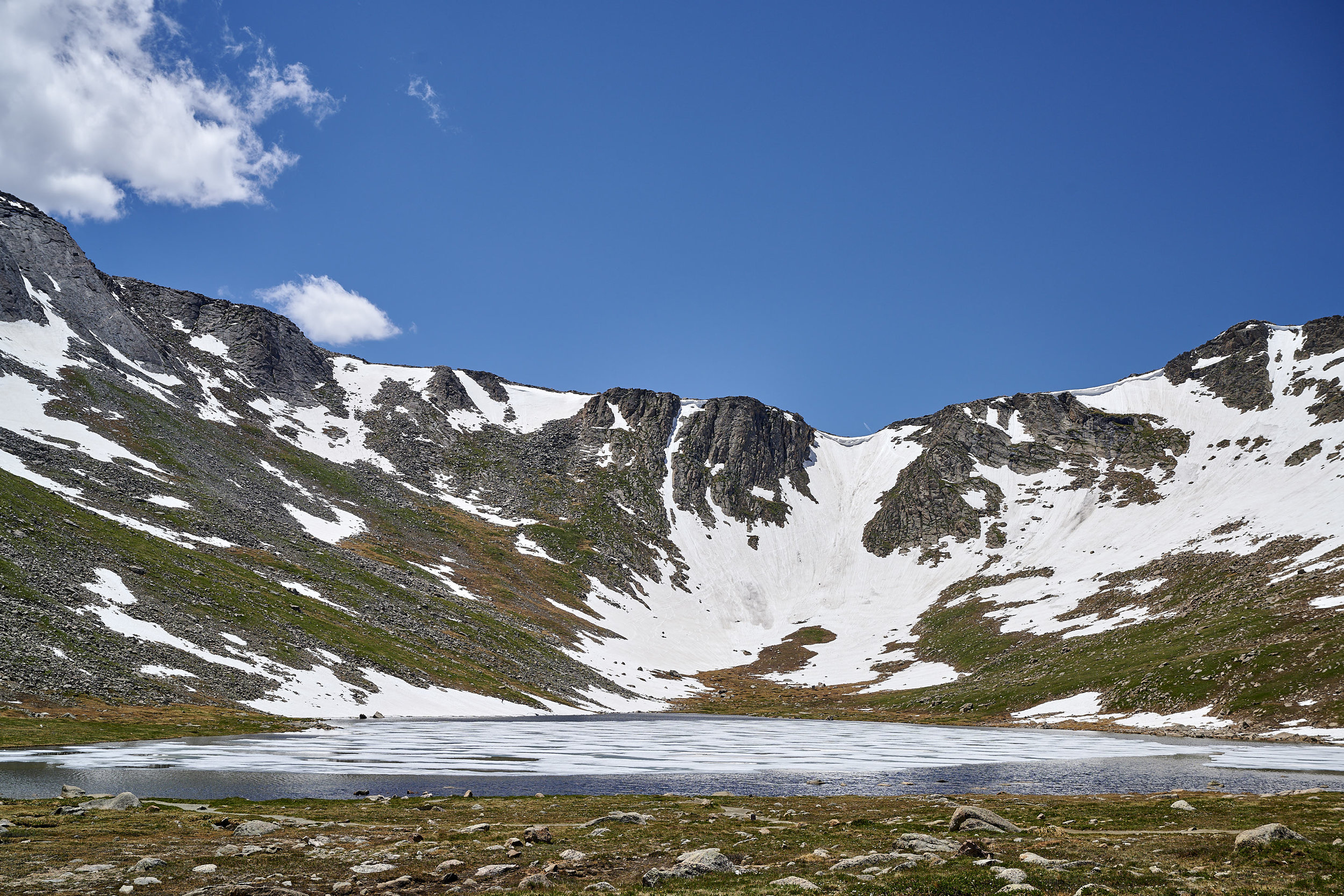The stark Summit Lake - it wouldn't look out of place in Mordor