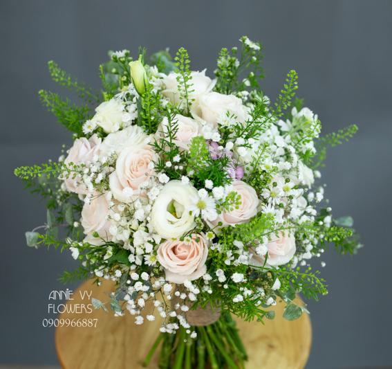 hoacamtay+hoa_cam_tay+hoa cam tay+hoa_cuoi+hoacuoi+hoa cuoi+HOA CUOI DEP VY 165 (1).JPG