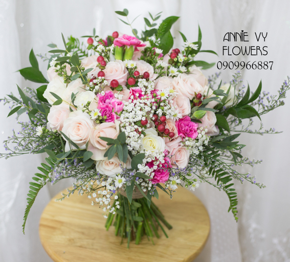 hoacamtay+hoa_cam_tay+hoa cam tay+hoa_cuoi+hoacuoi+hoa cuoi+HOA CUOI DEP VY 157 (6).JPG