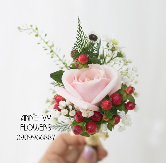 hoacamtay+hoa_cam_tay+hoa cam tay+hoa_cuoi+hoacuoi+hoa cuoi+HOA CUOI DEP VY 129 (5).JPG