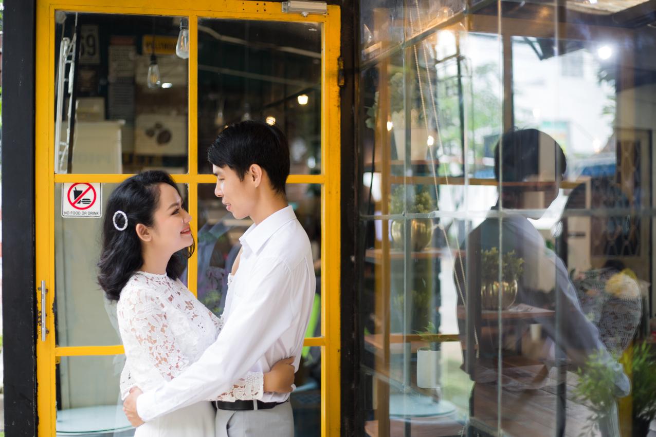 chup-hinh-phim-truong-sai-gon-annievy-huong hoan (2).JPG