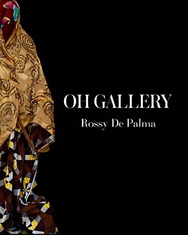 À l'occasion de la 17ème édition de la @dakarfashionweek, OH GALLERY est heureuse de vous présenter l'exposition «Amoul Kaname» de l'artiste @rossydpalma . . Exposition du 06.06.19 au 22.06.19  L'exposition est accessible uniquement sur rendez-vous.  E-mail : oh@ohgallery.net  Tel : +221 33 822 84 66 . . Exposition en partenariat avec @terrou_bi . . #OHGALLERYSN #DakarFashionWeek # DFW19 #AdamaParis #RossyDePalma #Dakar #Senegal #ArtGallery #ContemporaryArt