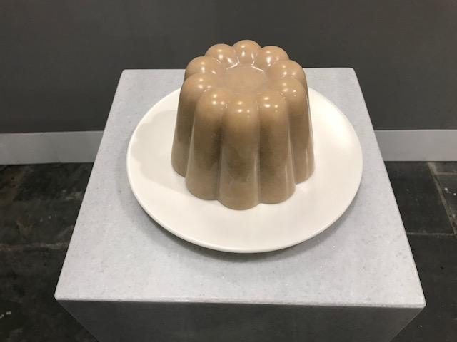 "Andreas Blank ""Still life"", 2018, Alabaster, Marmor, 28x28x98cm"
