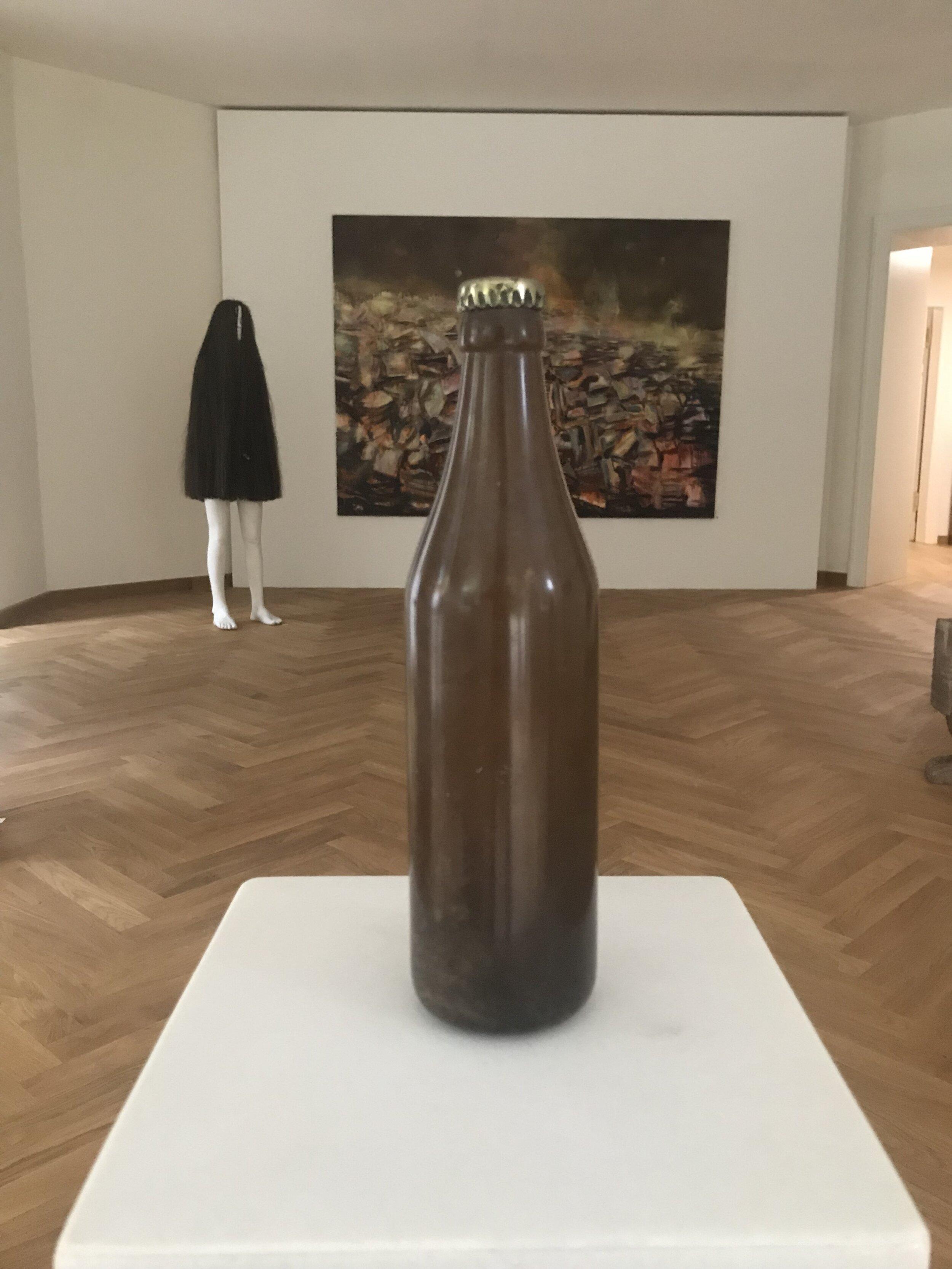 Andreas Blank, Still Life,  2019, 24x24x104 cm, Marmor, Alabaster, Pyrit