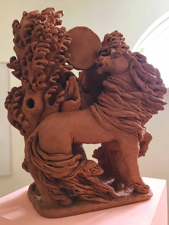 Chris Hammerlein, Untitled', 2019, 23x50x40cm, Tonskulptur