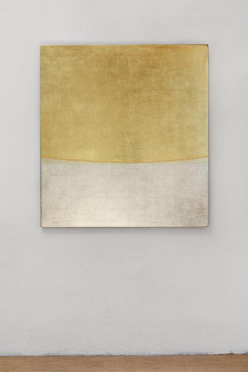JINDŘICH ZEITHAMML, 2018, Vereinigung  (12 Variationen), 2019, Holz, Blattgold, Blattsilber, 125 x 115 x 5 cm, Foto: M. Polák