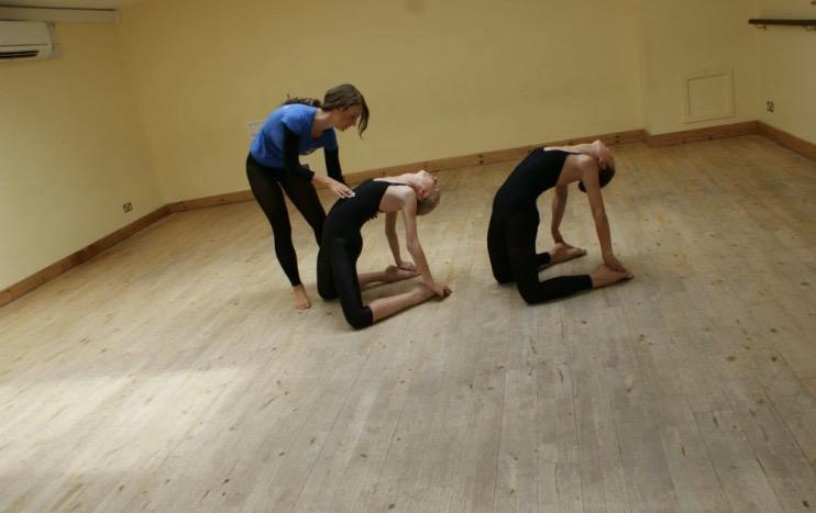 MODERN THEATRE DANCE -