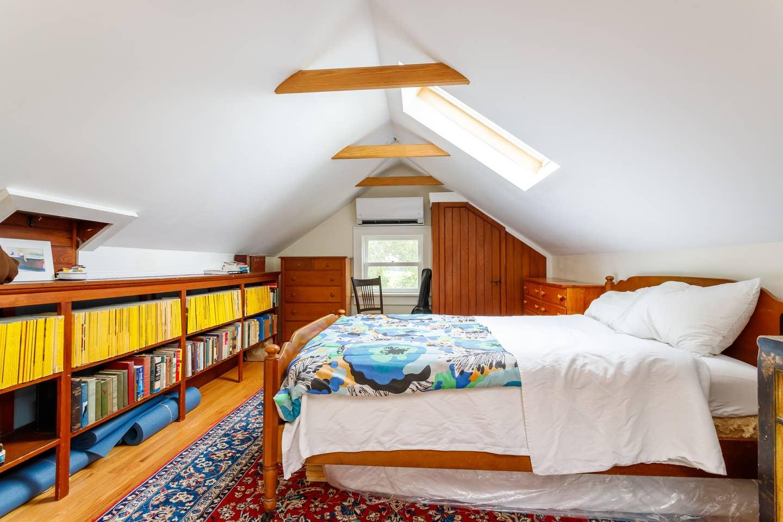 attic-bedroom-1.jpg