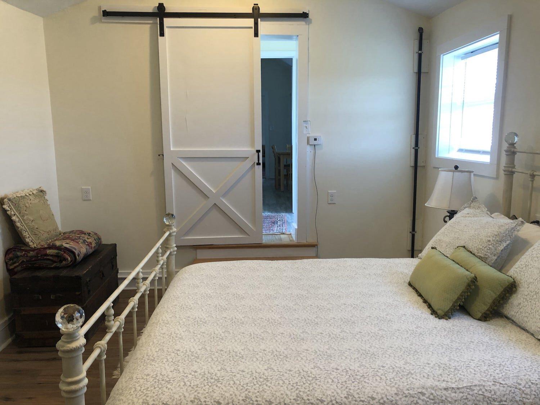 188金宝慱betfarm-studio-bedroom-5-min.jpg