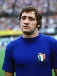Georgio Chinaglia in his Italy strip