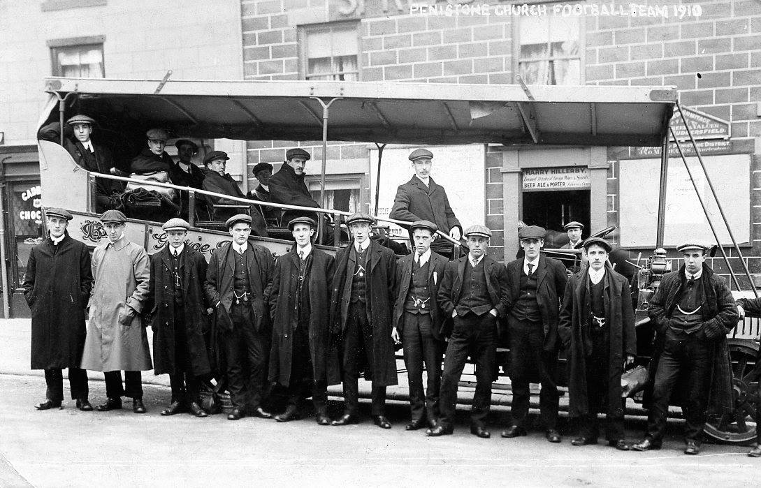 The 1910 team getting ready to leave the Spread Eagle (their headquarters at the time) in the team charabanc. The old ground used to be behind the pub near the bungalows on Park Lane Penistone.