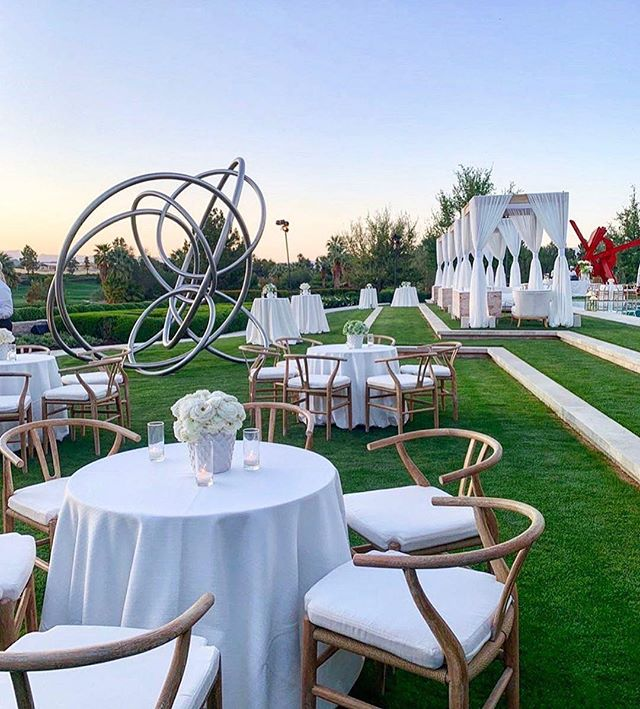 So extravagant. Loved being a part of this.  #Repost @levinefoxevents · · ·  Guests were invited to enjoy cocktails and decadent tray passed hors d'oeuvres seated at small rounds and in furniture groupings beneath custom built cabanas where they could take in the sunset. #mattkilleenedup || Planning + Design: @alysonheatherfox @levinefoxevents | Venue: @themadisonclub | Florals: @nancy_kaye for @marksgarden | Decor and Furnishings: @revelryangela for @revelryeventdesign | Rentals: @gusgalanis for @brighteventrentals @socaltents | Rentals: @theonicollection @casadeperrin | Linens @resourceonelinens | Invitations: @lehrandblack | Lighting: @images_lighting | Entertainment: @westcoastmusicbevhills | Sound: @design.sound | Videography: @bluecat_cinema | Catering: @chinoisonmain @giorgiobaldirestaurant @nobumalibu | Cake: @thebutterend | Flooring: @specialeventcontractors | Landscaping: @jackson_shrub | Tech: @davidmeek_cbc_clearwave | Photography: @callawaygable • • • #celebration #finelinens #receptiondecor #eventplanner #event #eventdesign #luxury #luxurydesign #luxurydecor #luxuryevents #eventdecor #outdoordesign #luxurylinens #resourceone #resourceoneinc #wedding #specialevents #lavishweddings #lavishevents