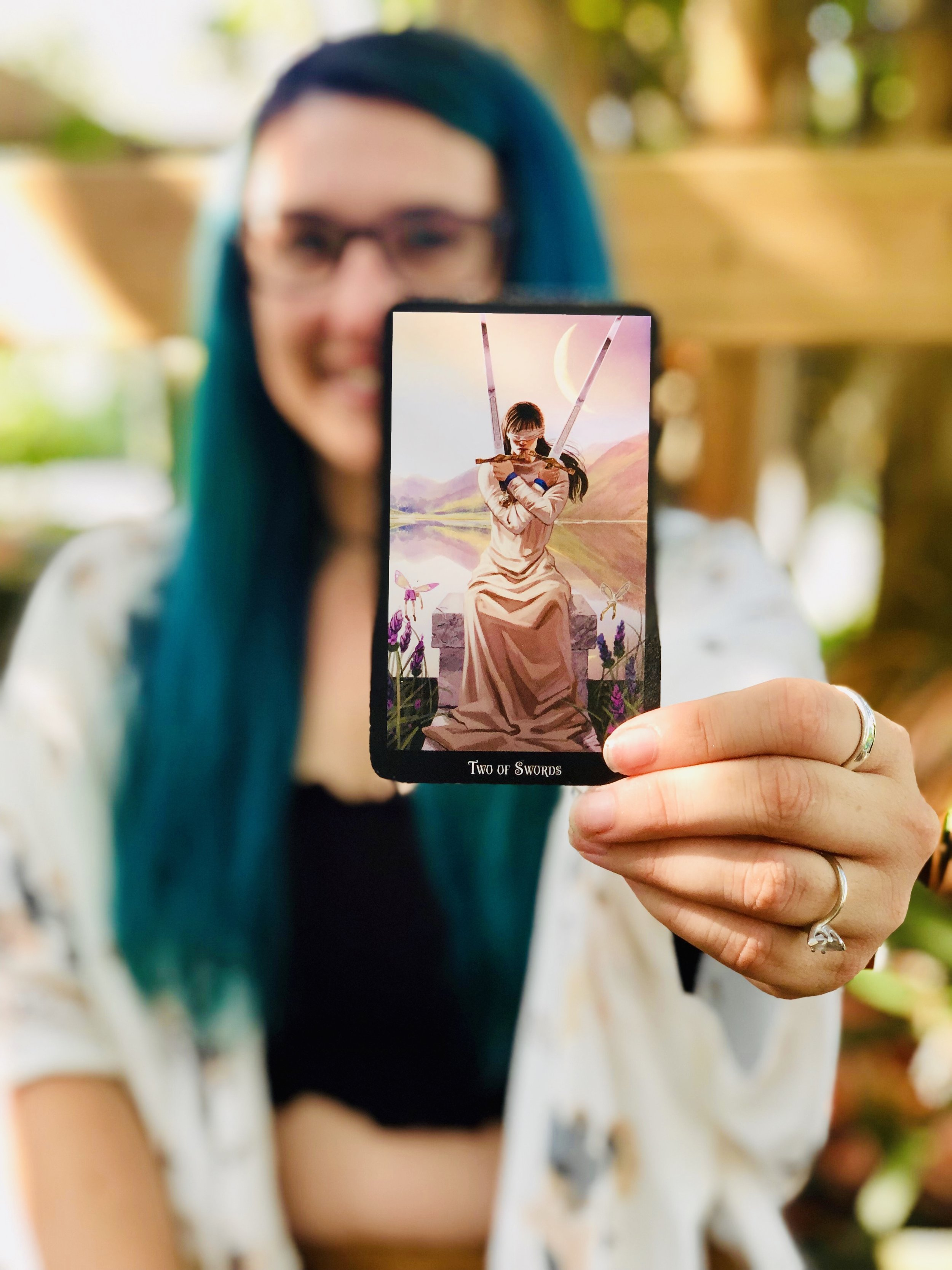 Learn To Read Tarot - Without books or memorizing!