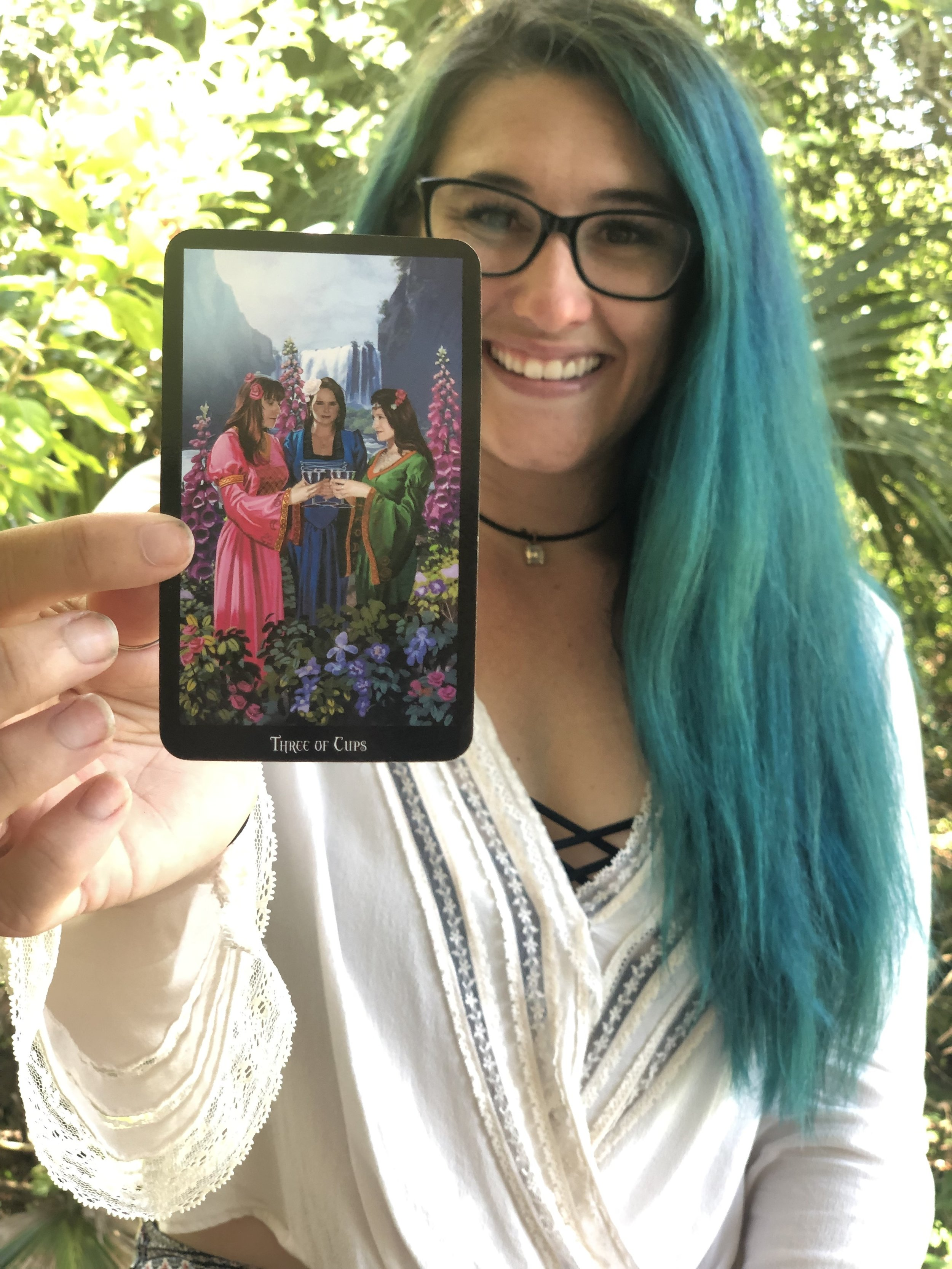Learn To Read Tarot Intuitively - This program is designed to create clarity around how you read tarot intuitively and will give you the confidence to begin reading for others within four weeks.I will show you how to tap into your own spiritual language, and how to connect with your cards in real life from your soul, without memorizing or looking up card meanings.Each week you will receive pre-made content via video or written posts, in accordance with your unique learning style. You'll also have weekly coaching calls to integrate all course material, learn, and ask questions!