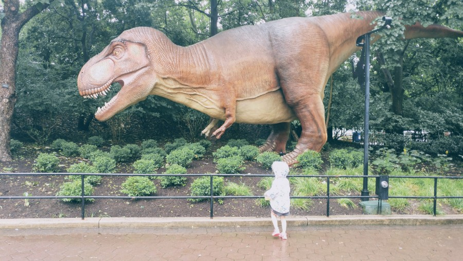 Go to the zoo… see a dinosaur