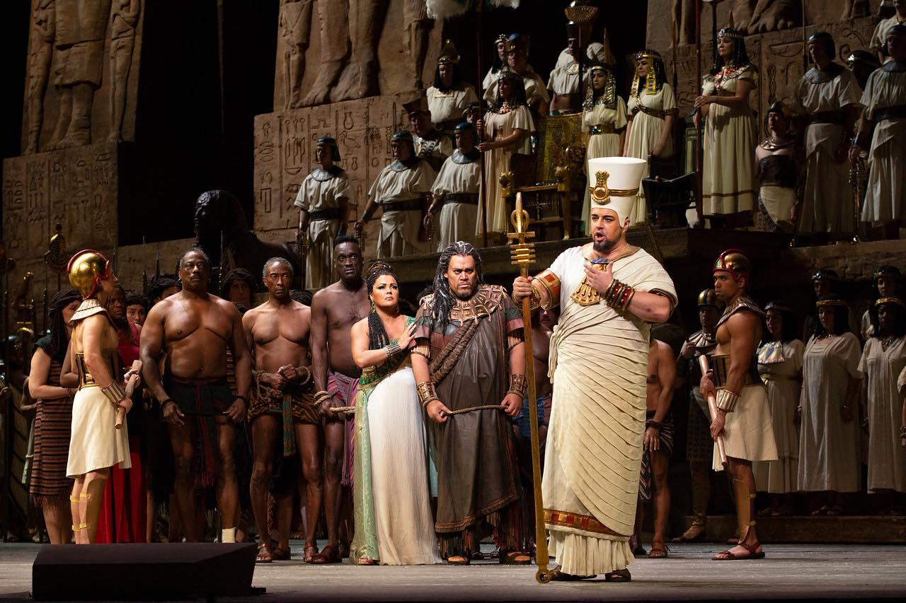 AIDA, The Metropolitan Opera - With Anna Netrebko and Quinn Kelsey in this 2018 production, directed by Stephen Pickover.