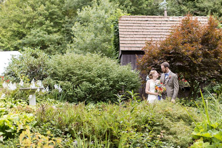 schnoodleberry-farm-wedding-kelsey-kradel-photography_016(pp_w760_h506).jpg