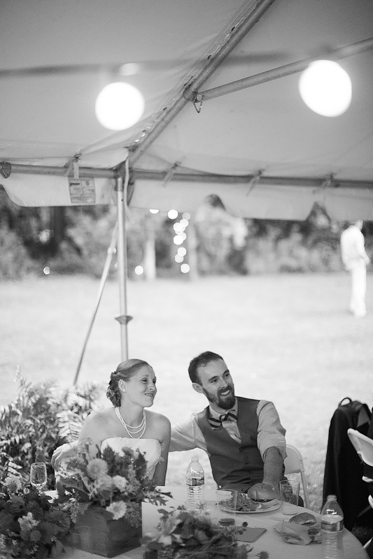 schnoodleberry-farm-wedding-kelsey-kradel-photography_034.jpg