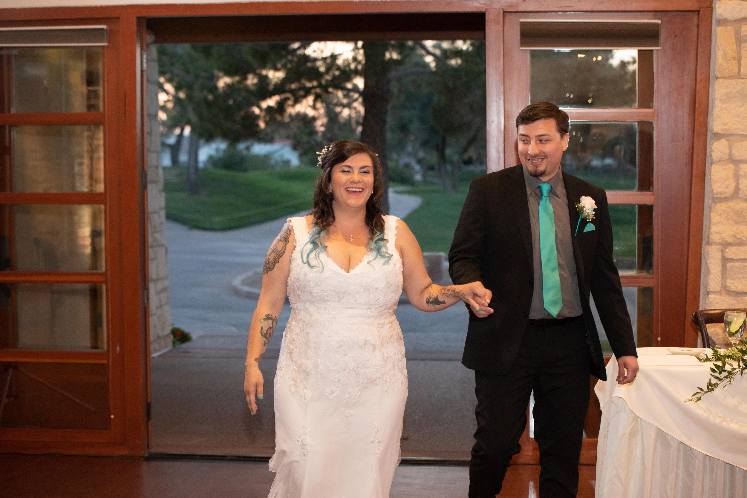 Carlos-Kayla-Wedgewood-Wedding-Tara-Nichole-Photo-Chandler-Arizona-3.jpg