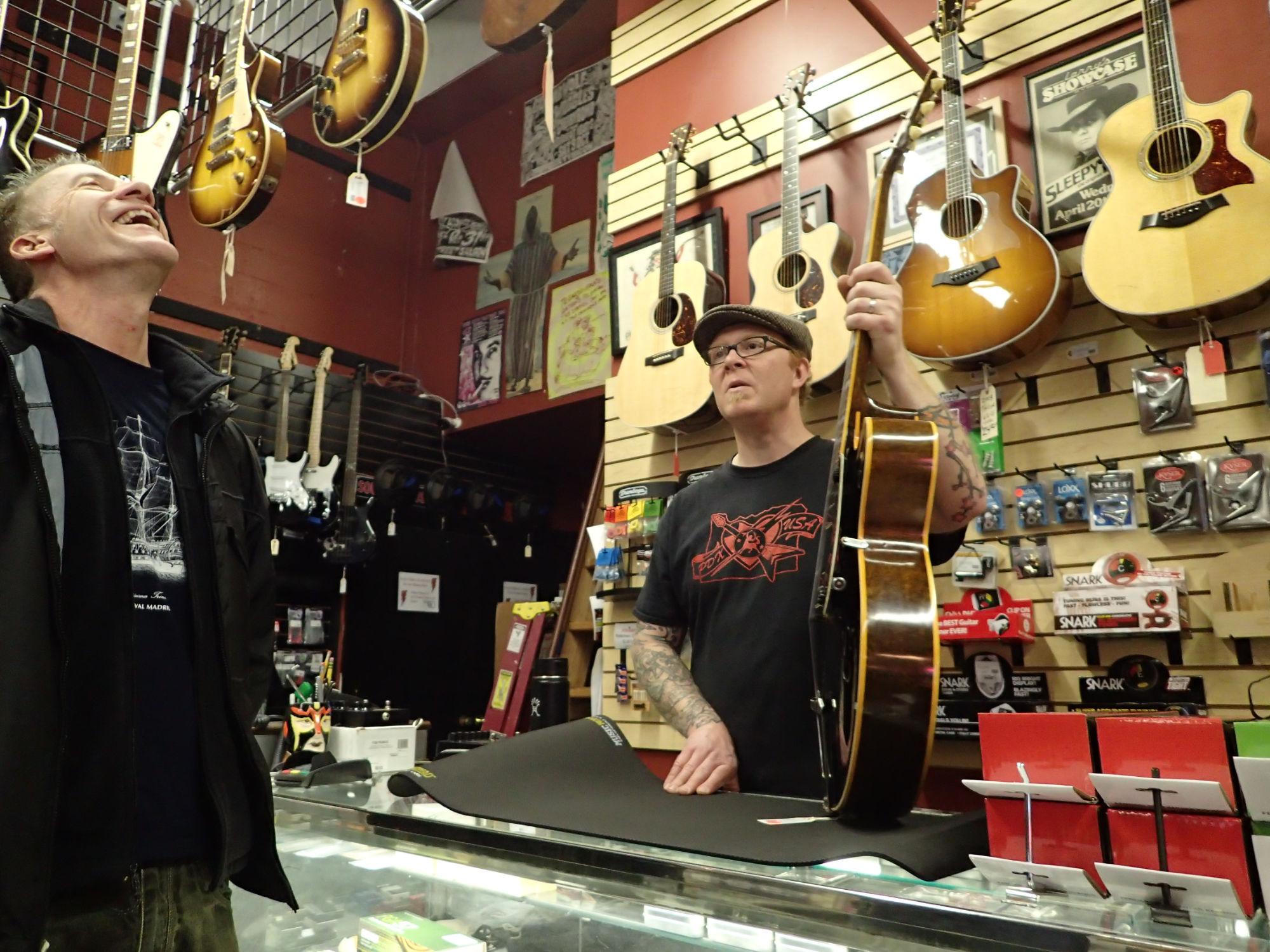 Jason Snell, Centaur Guitar