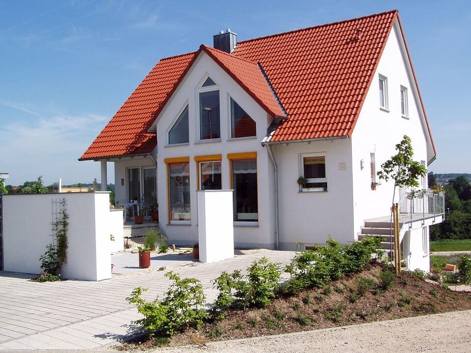 house-66627_960_720.jpg