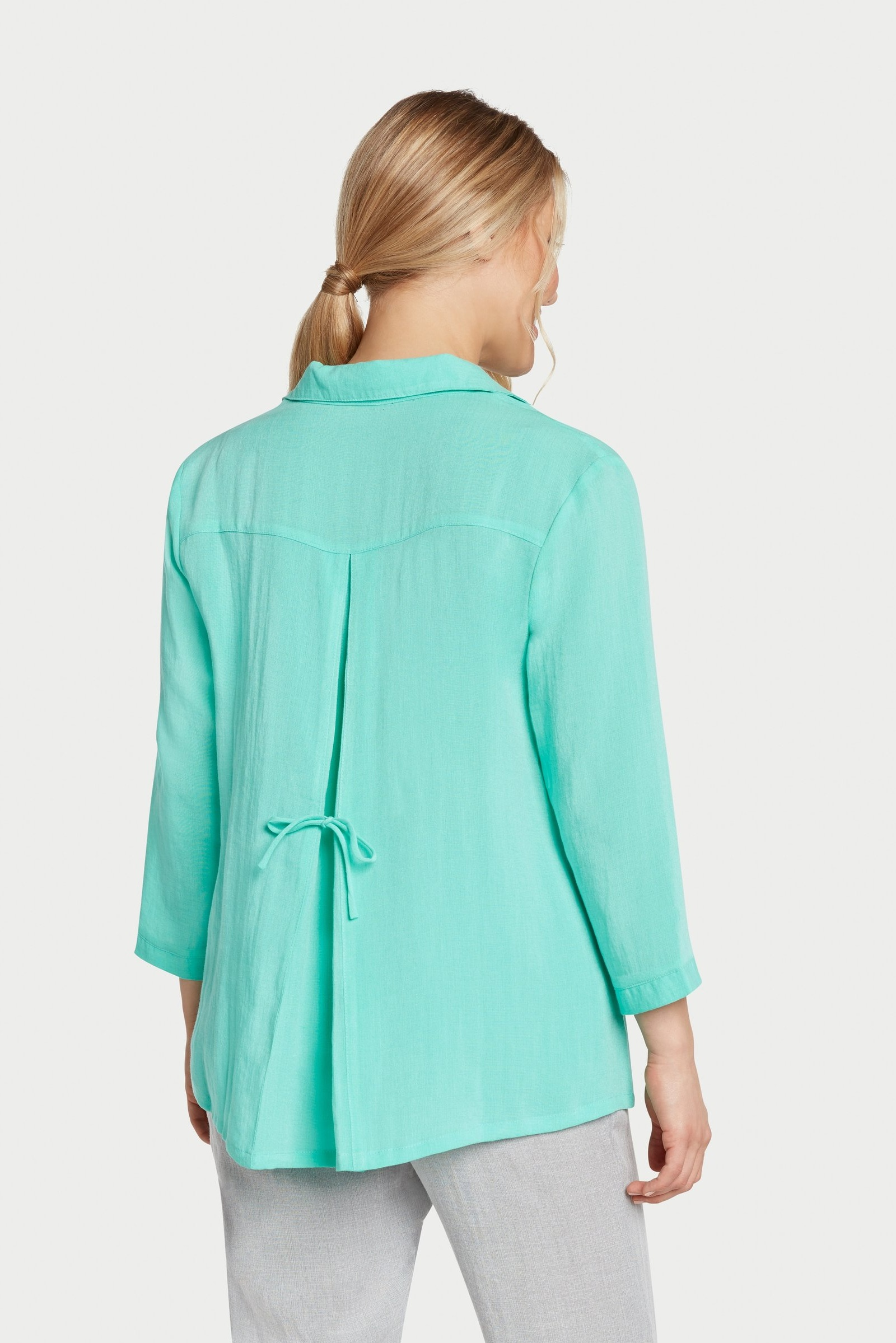 AA248 - Tie-Back Shirt