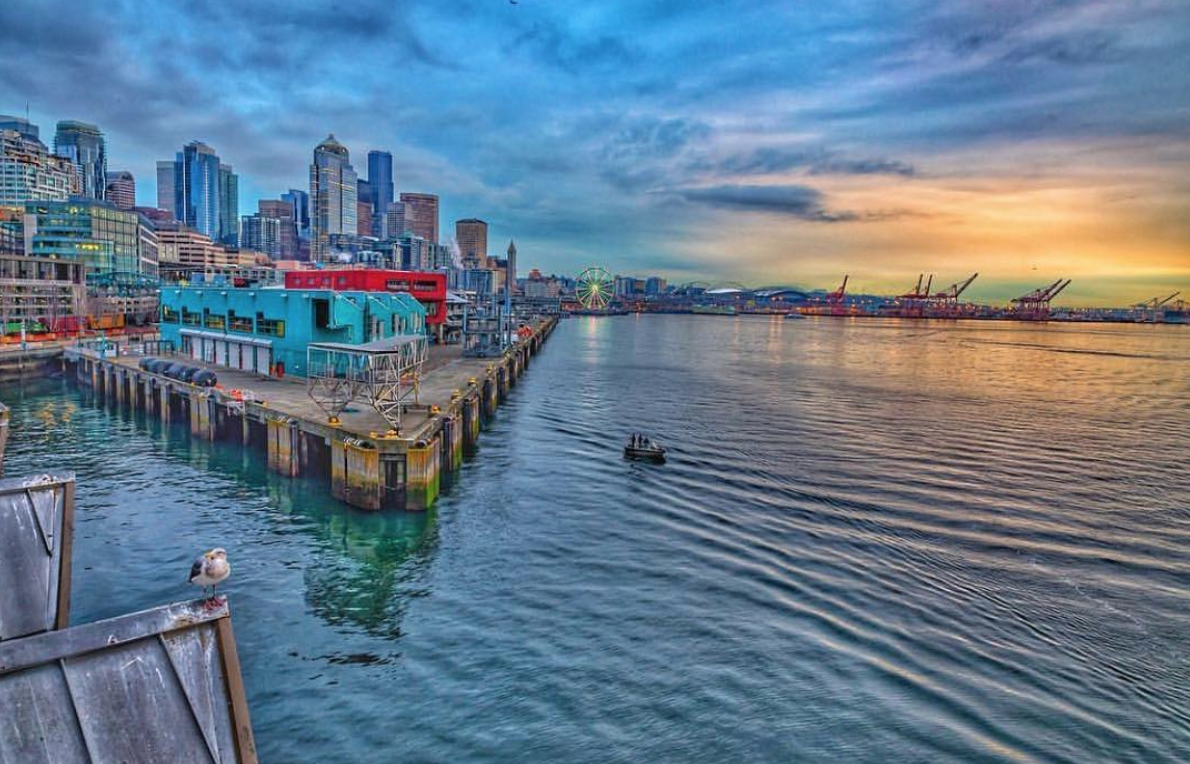 Bell Harbor International Conference Center - Located on Seattle's waterfront, Bell Harbor International Conference Center offers breathtaking 180-degree panoramic views of the Olympic Mountains, Mount Rainier, Puget Sound's Elliott Bay, and the Seattle skyline.