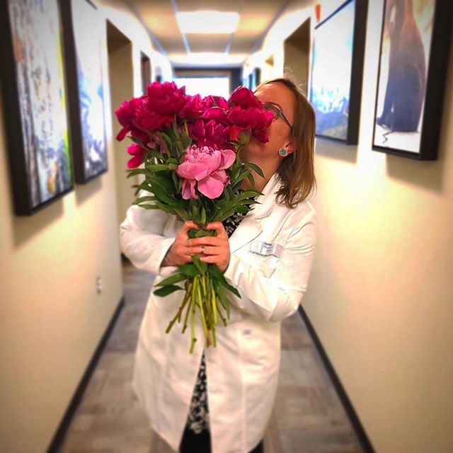 What's better than getting a bouquet of huge peonies in July? We can't think of anything, so we zoomed around town spreading joy to some of the people that keep us happy and healthy up here in Fairbanks. Jill's audiologist (and a member of the Boreal Peonies bar trivia team) loved her giant bouquet! #borealpeonies #americangrown #americangrownflowers #flowerfarmer #flowers