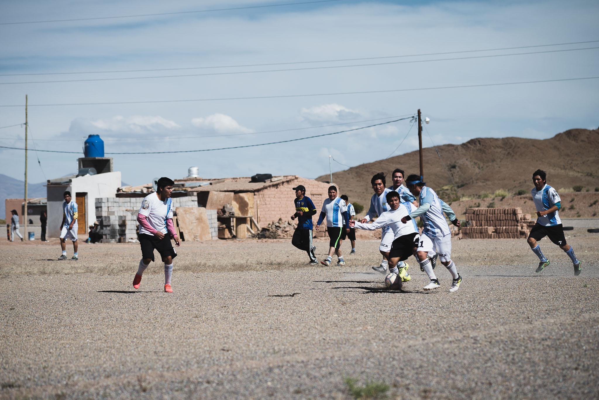 Eine Fussball-Match auf 3500 Metern. Die Höhe ist nicht per se schädlich.