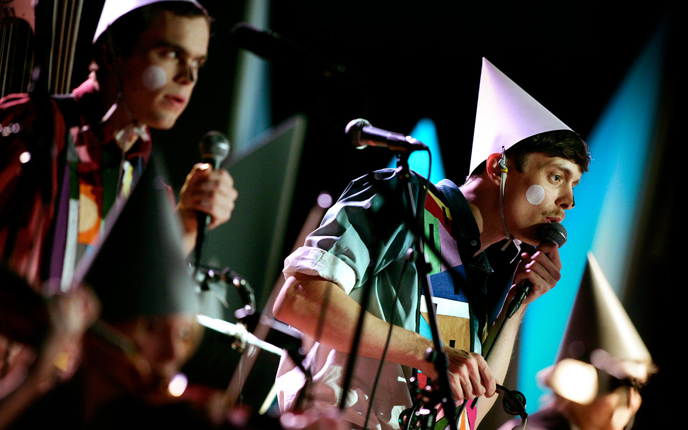PerformingParades-Show-1400px.jpg