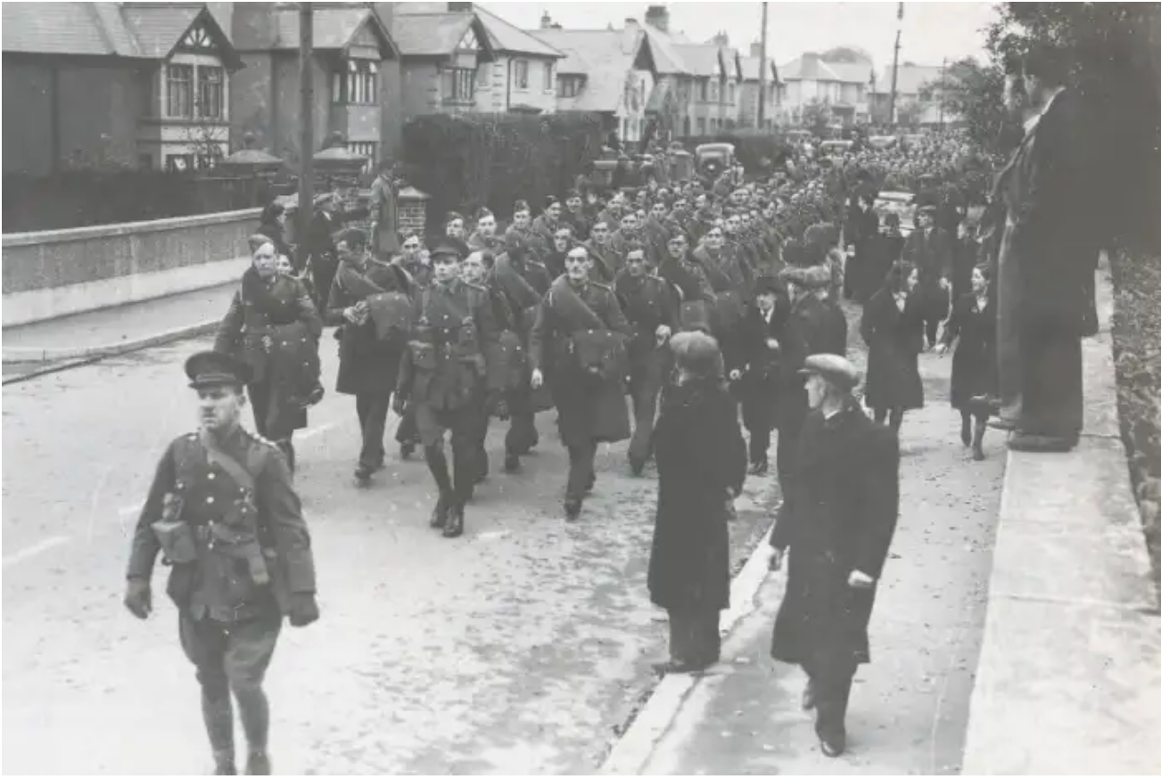 U.S. Troops arrive in Derry