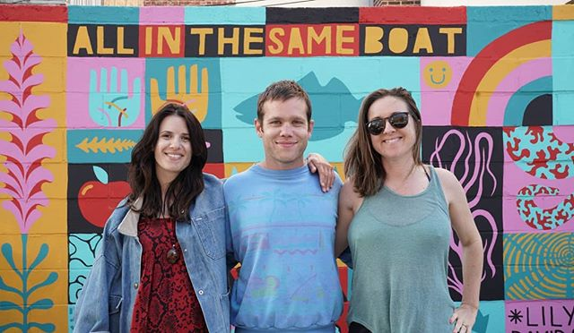 All in the same boat ambadassadors @davidshillinglaw & @lilymixe painted a mural in NYC to help raise awareness!  Helping to build community around sustainability!!! Photo by: 📸 @cbegien #greencommunity #theresnoplanetb #allinthesameboat  #plasticfreeliving