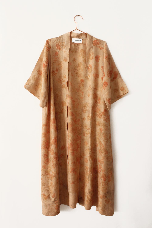 16_robe.jpg